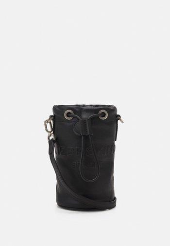 BUCKET BAG XS - Across body bag - black