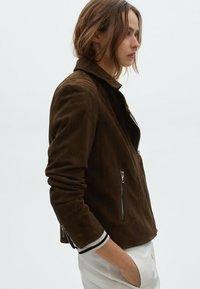 Massimo Dutti - Leather jacket - green - 1