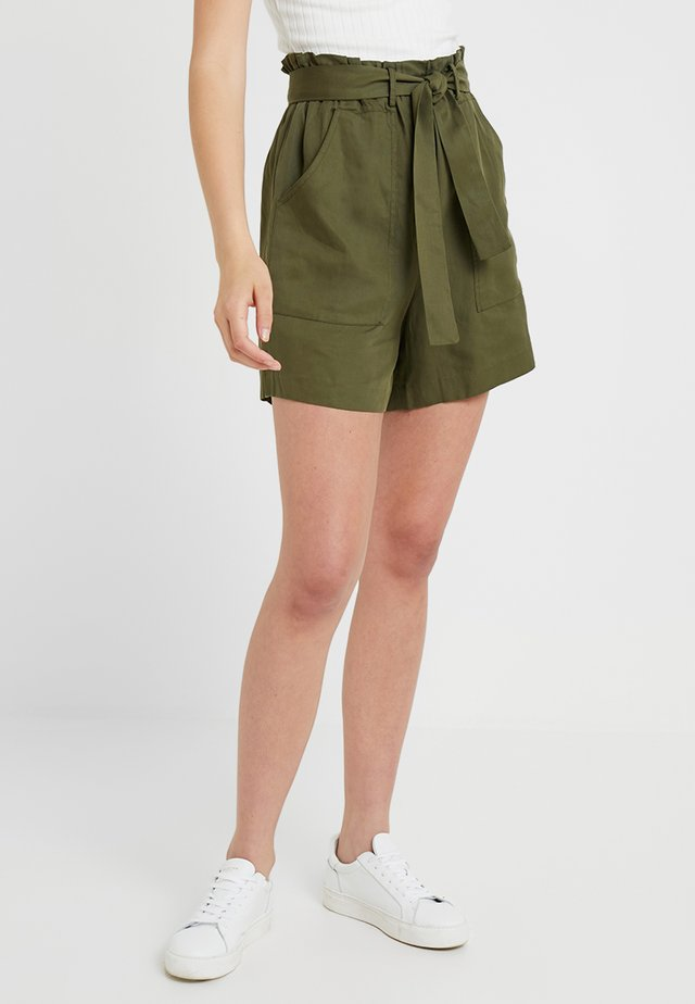 Shorts - olive night