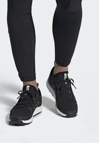 adidas Performance - TERREX SPEED GORE-TEX TRAIL RUNNING SHOE - Trail running shoes - black - 0
