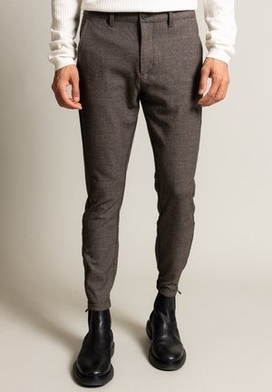 Trousers - brown check