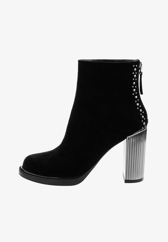 GARULLA - High heeled ankle boots - black