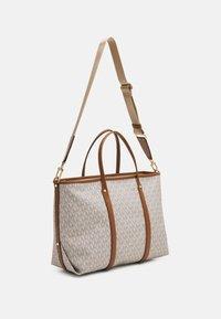 MICHAEL Michael Kors - BECK TOTE - Handbag - vanilla - 2