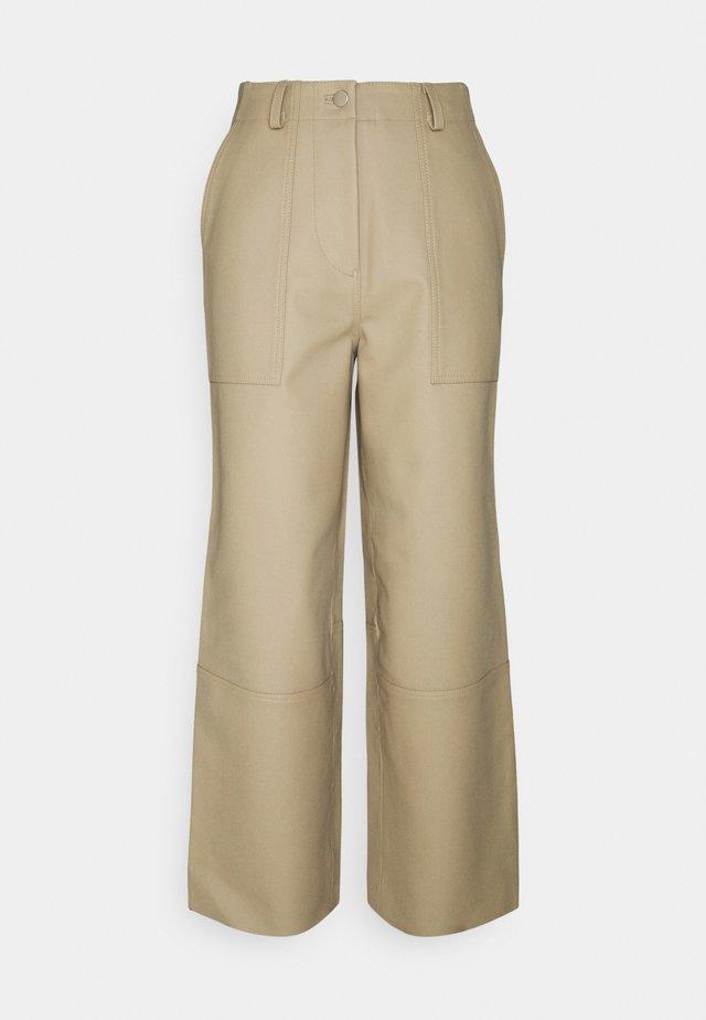 PRESLEY PANTS - Bukse - beige