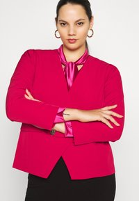 CAPSULE by Simply Be - OLIVIA NEW STYLE TROPHY - Blazer - red - 3