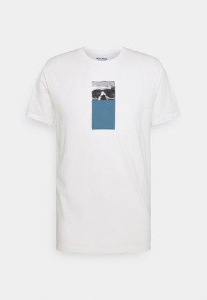 JORVISION TEE CREW NECK - Print T-shirt - cloud dancer