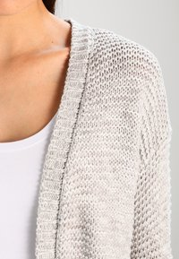 Vero Moda - VMNO NAME - Cardigan - light grey melange - 3