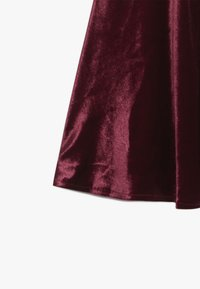 Chi Chi Girls - VICTORIANA DRESS - Cocktail dress / Party dress - burgundy - 3