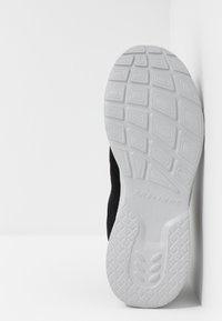 Skechers Sport - DYNAMIGHT 2.0 - Sneaker low - black - 4