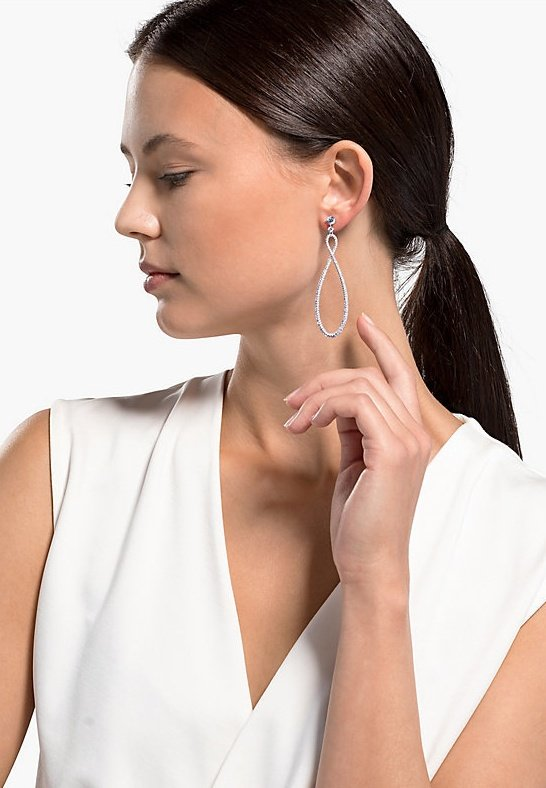 Swarovski - SWAROVSKI INFINITY HOOP PIERCED EARRINGS, WHITE, RHODIUM PLATED - Earrings - silber