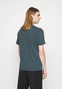Filippa K - Basic T-shirt - charcoal blue - 2