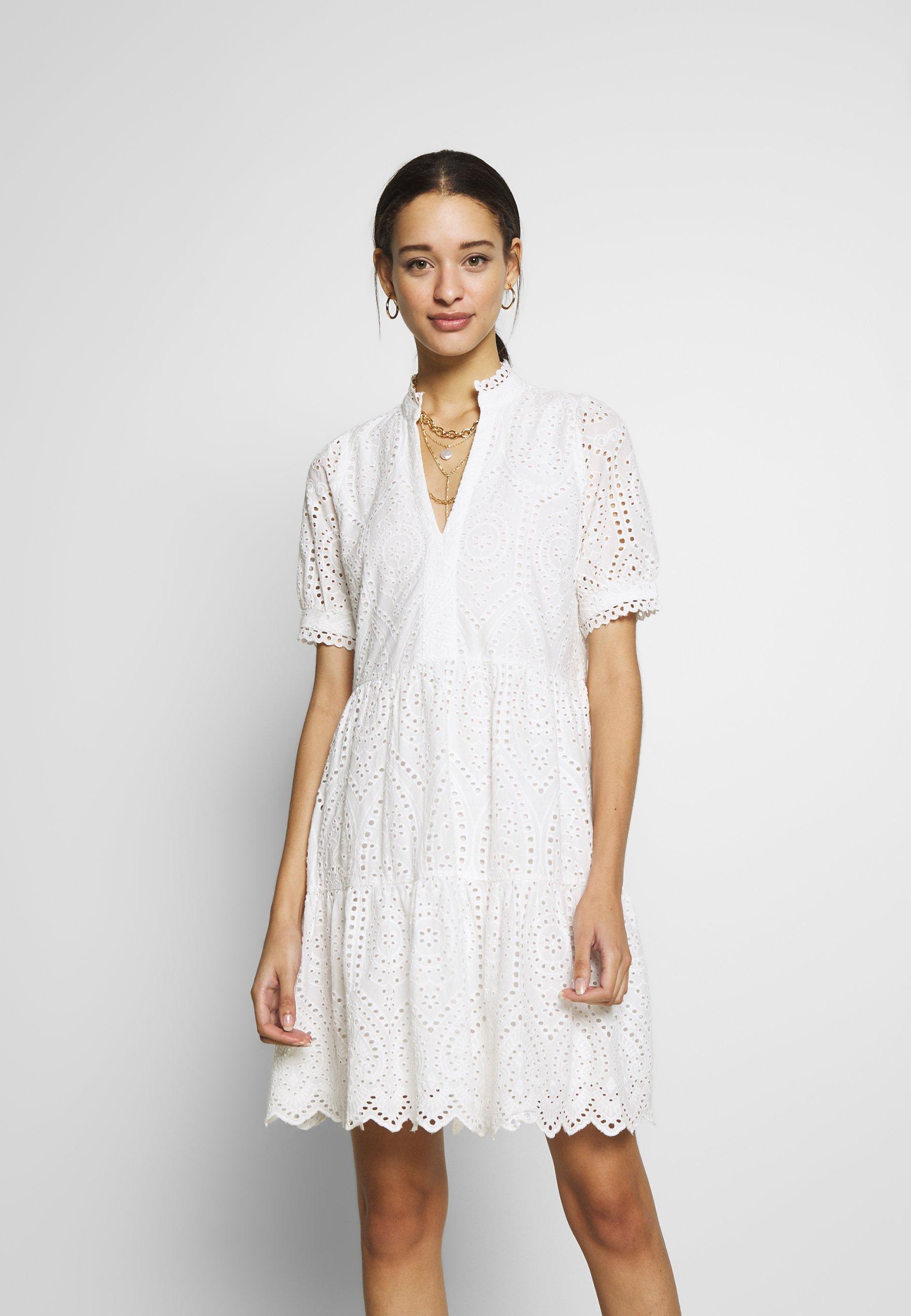 YASHOLI DRESS   Freizeitkleid   star white