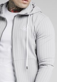 SIKSILK - DUAL STRIPE AGILITY ZIP THROUGH HOODIE - Mikina na zip - grey/white - 4