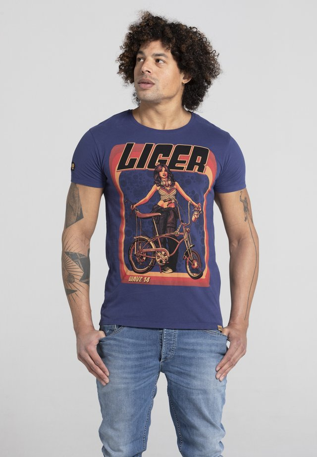 LIMITED TO 360 PIECES - VINCE RUARUS - BIKE - T-shirt print - royal blue
