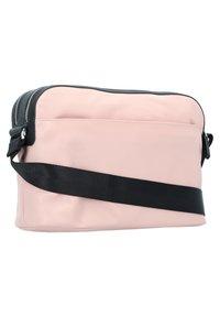 Mandarina Duck - HUNTER  - Across body bag - pale blush - 1