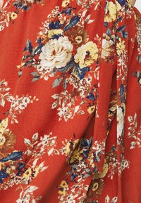 New Look Curves - HI LO FLORAL DRESS - Day dress - red - 5