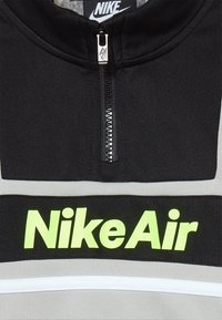 Nike Sportswear - AIR JOGGER SET BABY - Træningssæt - black - 5
