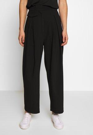NIGELLA TROUSER - Pantalones - black