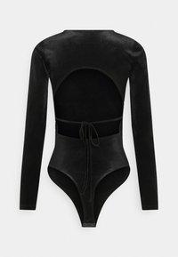 Gina Tricot - VELVET OPEN BACK - Long sleeved top - black - 7