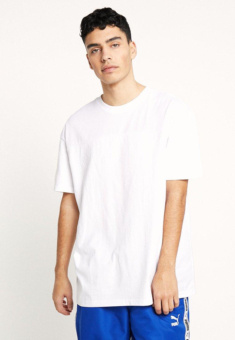 Hombre MESH PANEL TEE - Camiseta básica