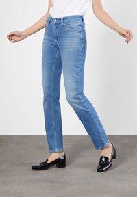 MAC Jeans - MELANIE  - Bootcut jeans - light blue - 0