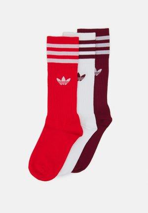 SOLID CREW SOCK 3 PACK UNISEX - Socks - white/collegiate burgundy/red