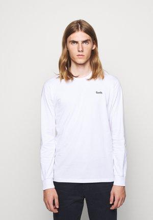 WIND LONGSLEEVE - Langærmede T-shirts - white