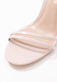 Miss Selfridge - SECRET SKINNY STRAPPY - Sandaler med høye hæler - nude - 2