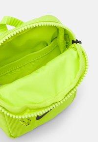 Nike Sportswear - Across body bag - cyber/black - 2