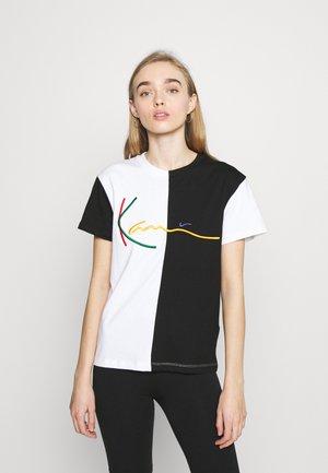 SIGNATURE BLOCK TEE - Print T-shirt - black