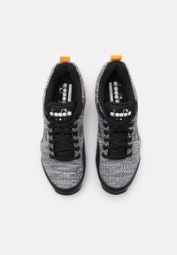 Diadora - S.SHOT 2 CLAY - Tenisové boty na antuku - steel gray/black/white - 3