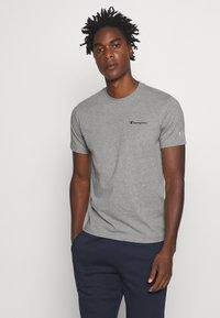 Champion - LEGACY CREWNECK - Basic T-shirt - dark grey - 0