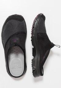 Salomon - RX SLIDE 4.0  - Walking sandals - black/potent purple - 1