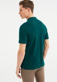 WE Fashion - Poloshirt - dark green - 2