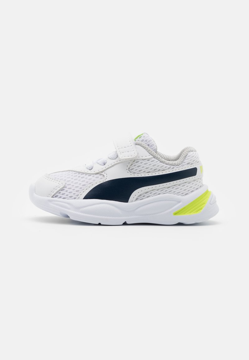 Puma - 90S RUNNER AC UNISEX - Neutral running shoes - white/peacoat
