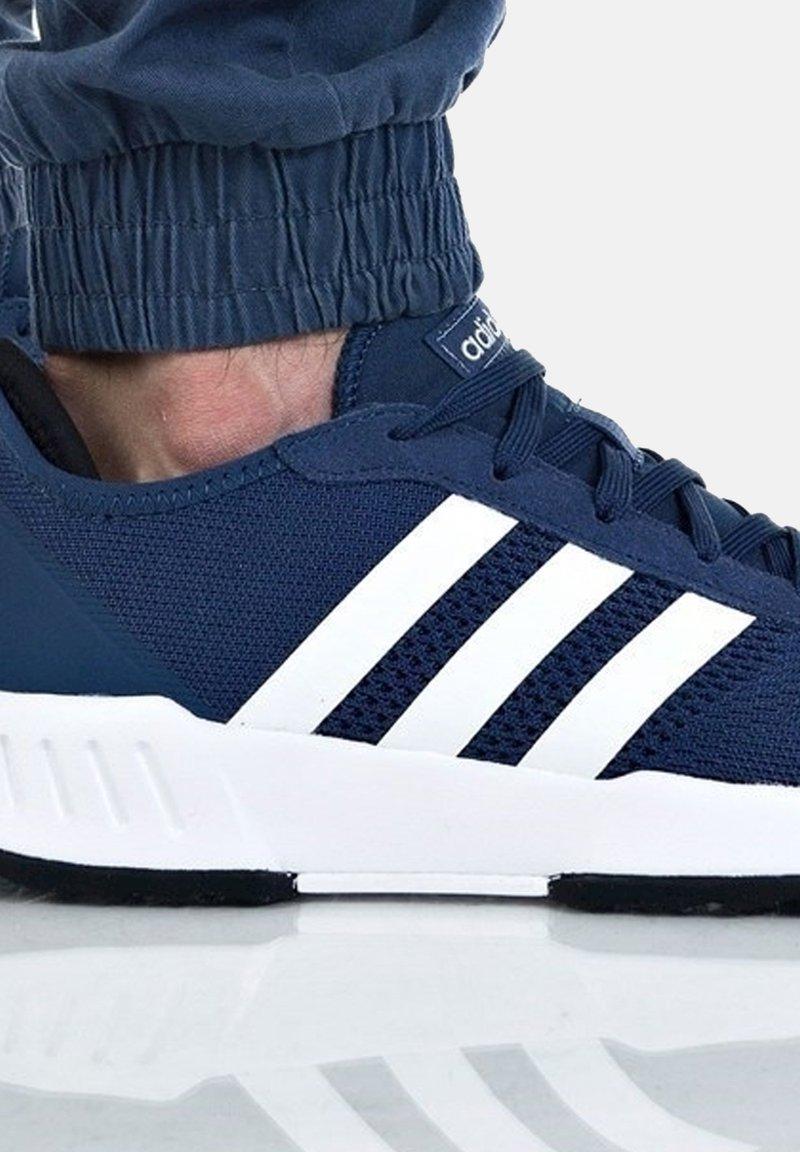 adidas Originals - PHOSPHERE - Trainers - dunkelblau
