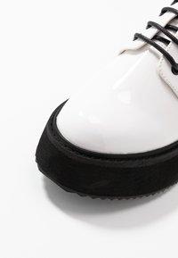 Koi Footwear - VEGAN  - Lace-ups - white - 2