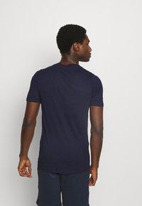 Jack & Jones - JACTREVOR TEE - Pyjama top - maritime blue - 2