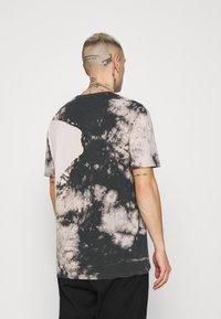 Zign - UNISEX - Print T-shirt - pink - 2