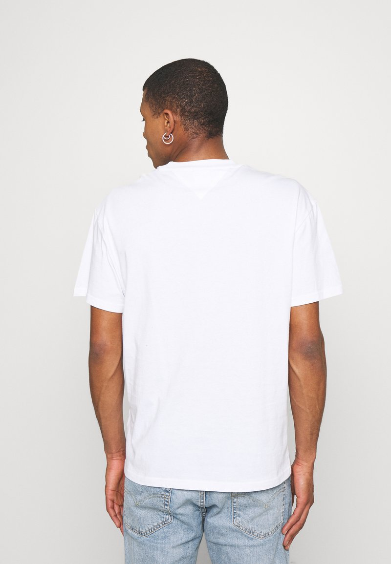 Tommy Jeans - FADED GRAPHIC TEE UNISEX - Print T-shirt - white