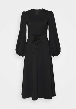 GIRALDA - Sukienka z dżerseju - schwarz