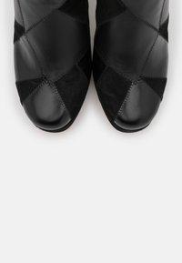 MICHAEL Michael Kors - HANYA BOOT - High heeled boots - black - 6