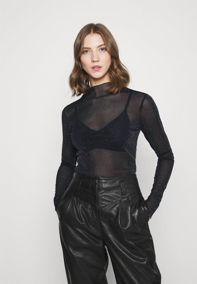 YASBLAKY - T-shirt à manches longues - black