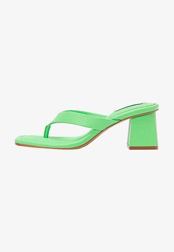 MIT ABSATZ - T-bar sandals - light green