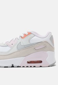 Nike Sportswear - AIR MAX 90 UNISEX - Trainers - white/platinum/violet/crimson bliss - 4