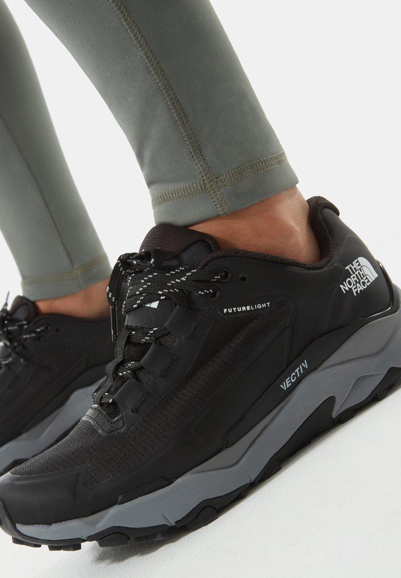 The North Face - W VECTIV EXPLORIS FUTURELIGHT - Hiking shoes - tnf black meld grey