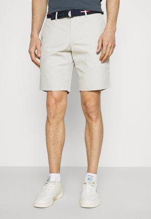 BROOKLYN LIGHT - Shorts - sand