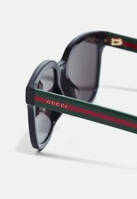 Gucci - Sunglasses - black/green/grey - 3