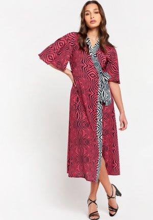 AN LEMMENS  - Maxi dress - fuchsia