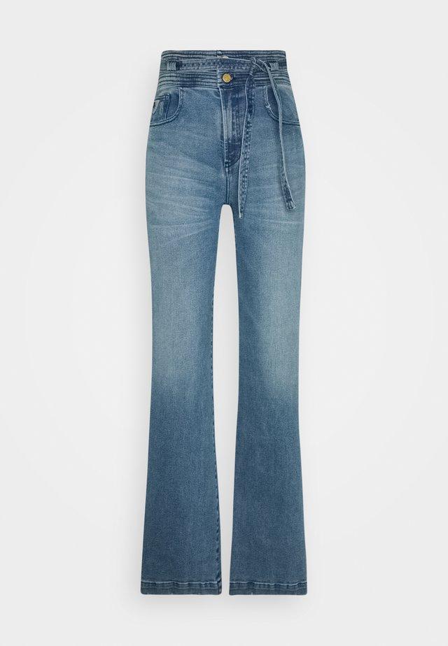 MERYL - Flared Jeans - stone